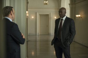 Underwood (Kevin Spacey) et Remy Danton (Mahershala Ali)