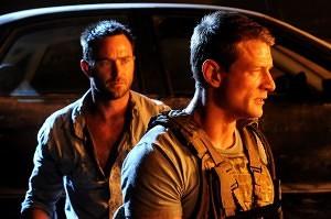 Damien Scott (Sullivan Stapleton) & Michael Stonebridge (Philip Winchester)